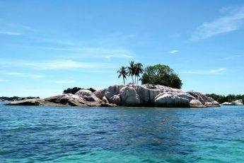 Paket Wisata Liburan Murah ke Pulau Belitung 3D2N